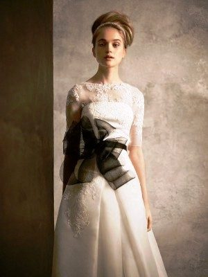 Vera Wang Debuts White Collection: A Perfect Fit for the Newport Wedding